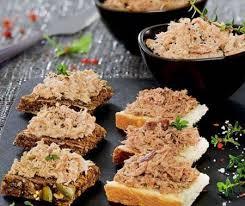 rillette de poulet maison rillettes de poulet fermier aux cèpes et huile d argan terrine