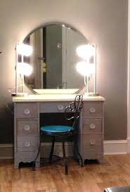 Vanity Makeup Table With Lighted Mirror Fascinating Makeup Table