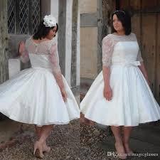 Discount Ivory Lace Satin Half Sleeves Plus Size Vintage Tea Length