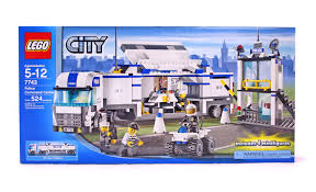 100 Lego Police Truck Command Centre LEGO Set 77431 NISB Building Sets
