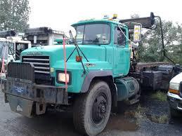 100 Mack Trucks Macungie 2003 Rd688Sx Brooklyn NY 11214 Property Room