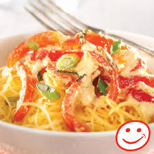 cuisiner les poivrons rouges spaghetti de courge épicée au basilic et aux poivrons rouges metro