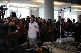 Wilco Tiny Desk Concert 2016 by Tiny Desk How Npr U0027s Intimate Concert Series Earned A Cult