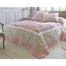 boutis canapé boutis plaid ou jeté de canapé couvre lit matelassé motif