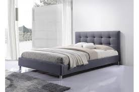 chambre avec tete de lit capitonn lit gris tissu avec tête de lit capitonné 160 tulius design sur