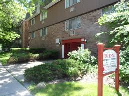 2 Bedroom Apartments For Rent In Milwaukee Wi by 262 Apartments In Milwaukee Wi Avail Now