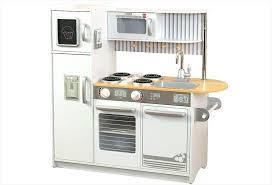 cuisine bois fille cuisine en bois cuisine cuisine en bois cote cuisine janod