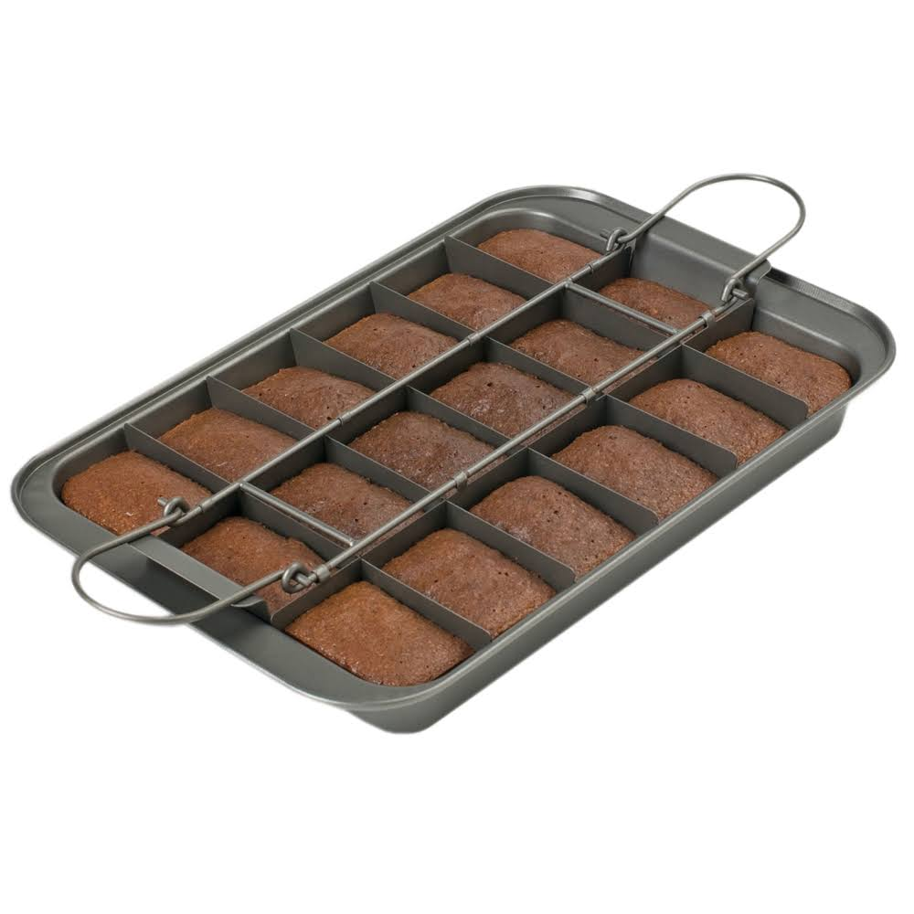 "Chicago Metallic Professional Slice Solutions Brownie Pan - 9"" x 13"""