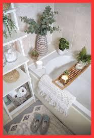 pintura de baño colores diseñadores de interiores swear by