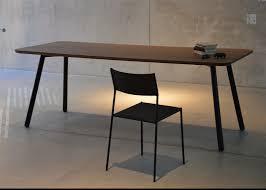 bureau metal noir table bureau noir tables basses design vitra pour le bureau noir