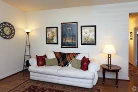 Living Room Yoga Emmaus Pa by Highland Gardens Apartments Llc Rentals Allentown Pa