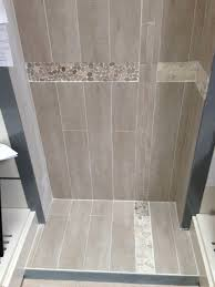 poseur de salle de bain pose de faience dans une salle de bain leroy merlin
