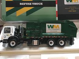 100 First Gear Garbage Truck Waste Management Mack TerraPro Refuse Diecast 134
