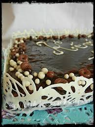 decoration patisserie en chocolat comment customiser un gateau tout simple et le rendre festif