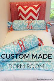 Lilly Pulitzer Bedding Dorm by Best 25 Monogram Dorm Ideas On Pinterest Preppy Dorm Room