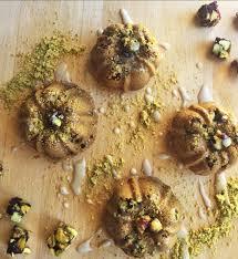 Mini Pistachio Bundt Cakes FOODIEaholic