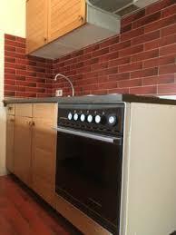 küche 2 zeilen mit oberschränken sowie herd ofen spüle