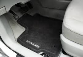 Toyota Avalon Floor Mats Replacement by Toyota To Fix Gas Pedals So Floor Mats Won U0027t Cause Fiery Death