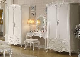 wohnzimmer barock möbel eckcouch vitrine schrank