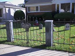 Halloween Cemetery Fence Ideas by How To Make A Halloween Cemetery Fence