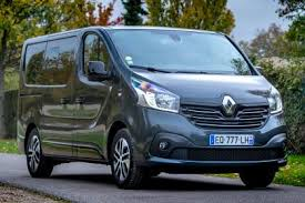 New Renault Trafic SpaceClass 2017 Review