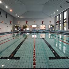 piscine centre aquatique à en métro
