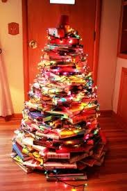 Mr Jingles Christmas Trees Los Angeles Ca by 12 Charming Ways To Use Books As Holiday Decorations Book Tree