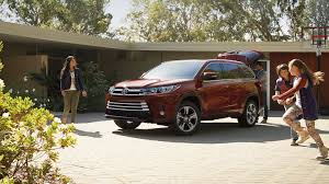 2017 Toyota Highlander For Sale Near Edwardsville, IL - Newbold Toyota