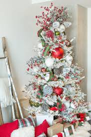 How To Decorate A Festive Wintry Rustic Christmas Tree