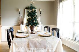 Use A Table Top Tree To Make Simple Centerpiece Delightful Dining Room Holiday