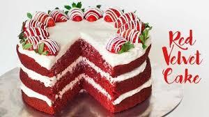 velvet cake rezept roter samt kuchen mit erdbeeren sahne