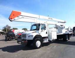 100 Lm Truck 2010 Used Freightliner BUSINESS CLASS M2 106 4X4 70FT BOOM BUCKET