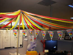 Cute Office Cubicle Decorating Ideas by Big Top Circus Theme Cubicle Decorating Cubicle Decorating
