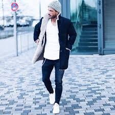 Stunning Winter Outfits Ideas For Men 35