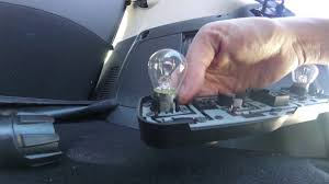 2014 smart fortwo ed right light replacement
