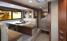 100 Lance Truck Camper 975 A Fully Featured Mid Ship Dry Bath Model
