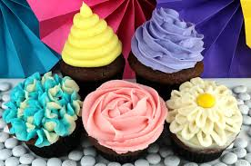 Five Ways To Decorate A Cupcake