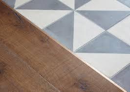 Best Kitchen Flooring Ideas by Best 25 Transition Flooring Ideas On Pinterest Dark Tile Floors
