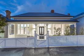 100 Garage House Ponsonby Villa With Invisible Garage Has Come Onto The Market