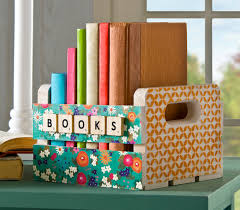 Use Mod Podge Stencils And Sand To Decorate A Wood Crate