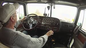 How To Downshift An 18 Speed: Truck Driver Skills - YouTube