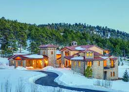 100 Architectural Masterpiece Masterpiece Gracefully Placed In A Mountain