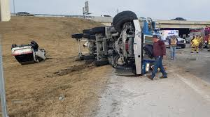 100 Arrow Trucking Tulsa Ok Overturned Truck On Highway 51 Broken Expressway Causing