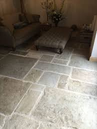 Patio Flooring Ideas Uk by Best 25 York Stone Ideas On Pinterest Concrete Patio Stamped