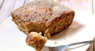Easy Pear Cake