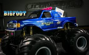 Inside Look: 1990 Bigfoot MT Build – JConcepts Blog