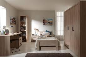 les rangements dans une chambre mobilier classique et contemporain