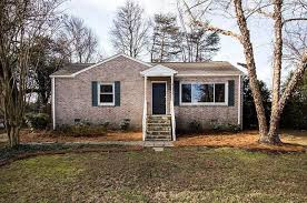Bed And Biscuit Greensboro Nc by 2907 Isaacs Pl Greensboro Nc 27408 Mls 819839 Redfin