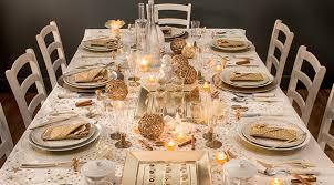 decoration table noel nappe blanc décoration de noël déco écolo