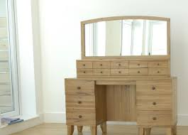 Vanity Table With Lighted Mirror Canada by Table Makeup Vanity Table Without Mirror Amazing Bedroom Vanity